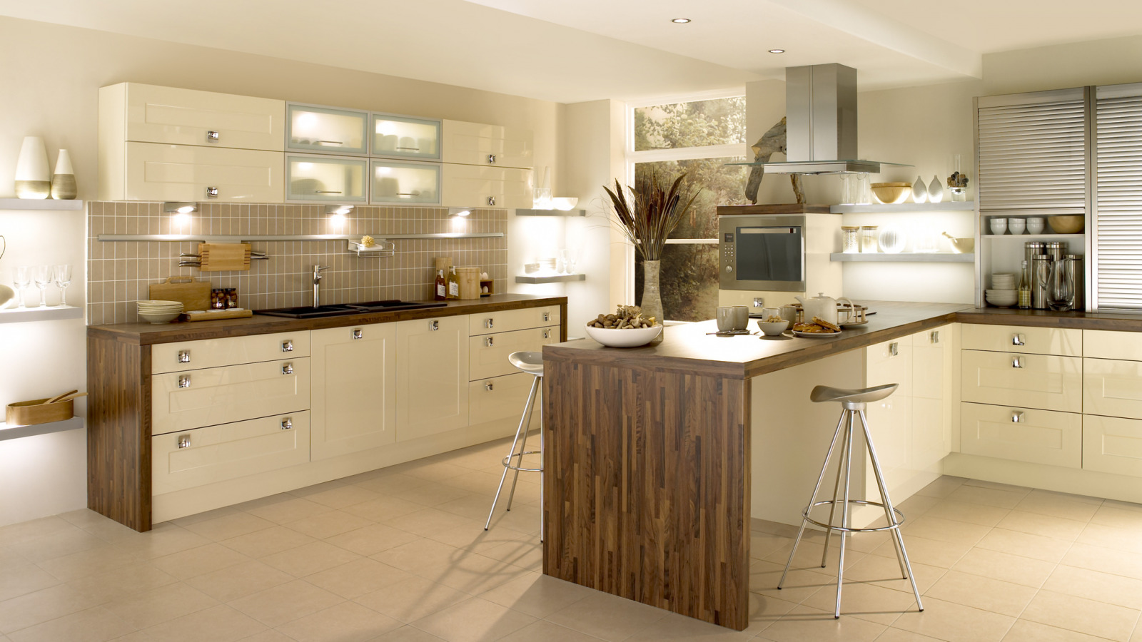 EA Kitchens Shaker Gloss White